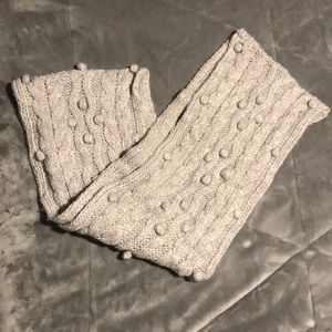 Cozy knit scarf worn once